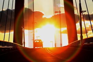橋と夕日 FYI00000004