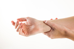 Woman with hand injury FYI00006675