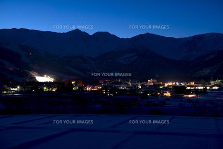冬の白馬の夜景 FYI00023608