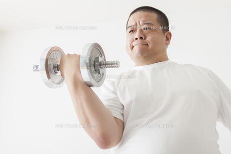 中年男性のダイエット FYI00024033