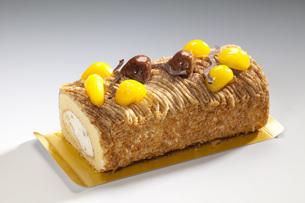 マロンロールケーキ FYI00025573