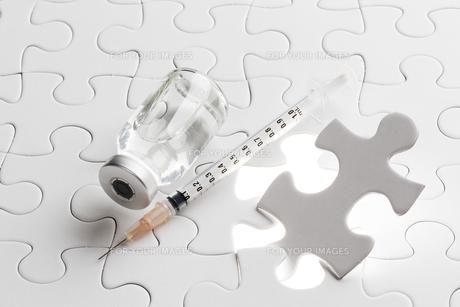 注射器とワクチン FYI00026602