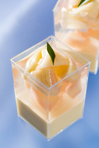 桃のカップゼリー FYI00026632