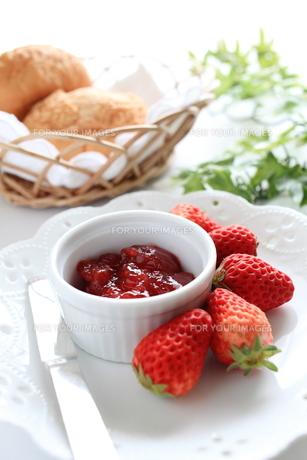 国産の苺ジャム FYI00027473