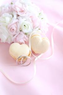 ウエディングブーケと結婚指輪 FYI00032069
