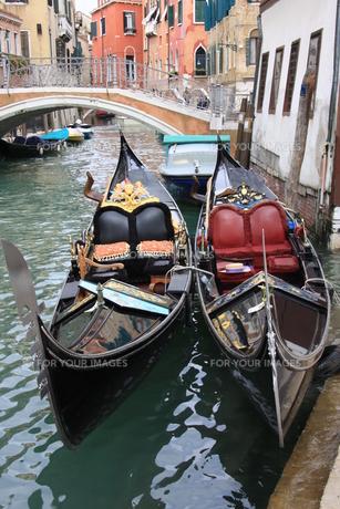 ヴェネツィアのゴンドラ FYI00034556