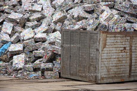 アルミ缶リサイクル FYI00036300