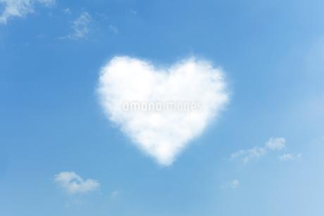 ハートの雲 FYI00040545
