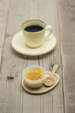 コーヒーとプリン FYI00041960