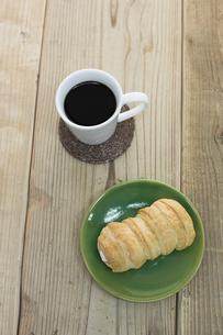 コーヒーとコルネ FYI00041977