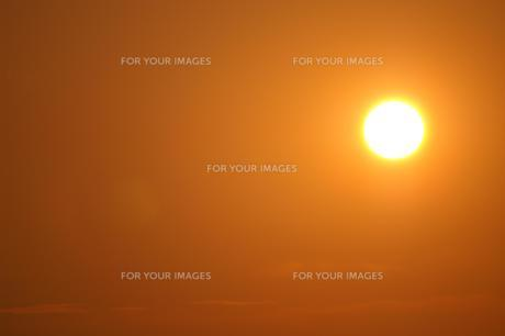 夕刻の太陽 FYI00043010