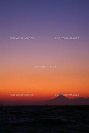 夕暮れの富士山 FYI00043019