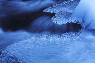 冬の川 FYI00050782