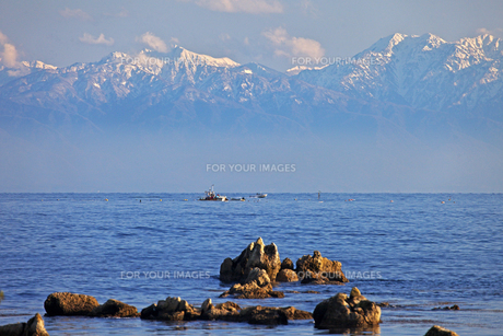 能登島より立山連峰を望む FYI00056139