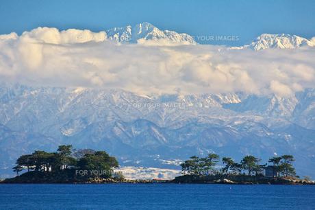立山連峰と虻ヶ島 2 FYI00056179