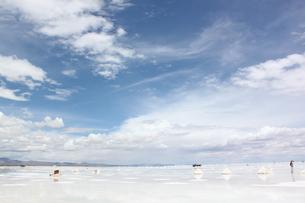 ウユニ塩湖 FYI00057320