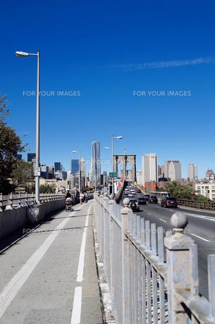 ブルックリン側から見たブルックリンブリッジ FYI00058648