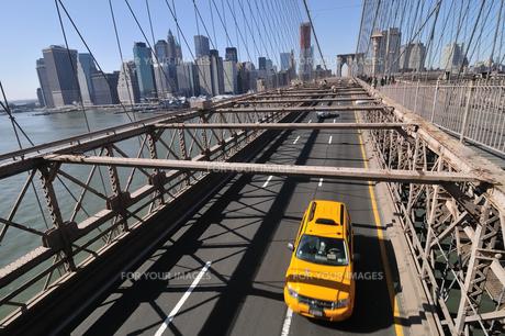 ブルックリンブリッジとロワー マンハッタン FYI00059644