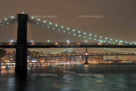 B・M・Wブリッジの夜景の素材 [FYI00059863]