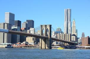 ブルックリンブリッジとロワー マンハッタン FYI00059982