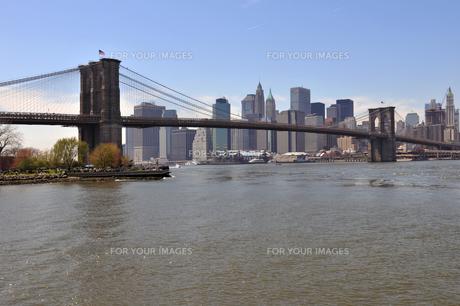ニューヨーク、ブルックリンブリッジ FYI00060139