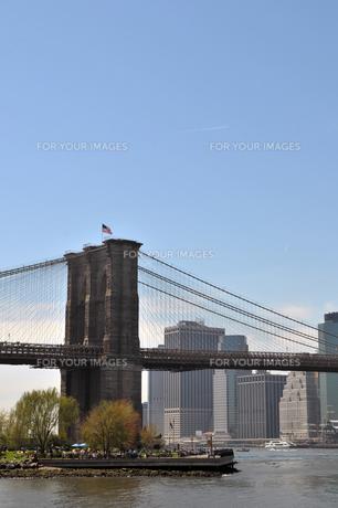 ニューヨーク、ブルックリンブリッジ FYI00060141