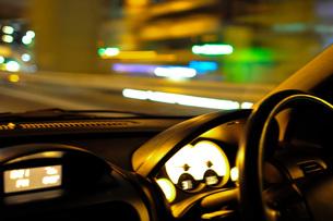 夜のドライブ FYI00073356