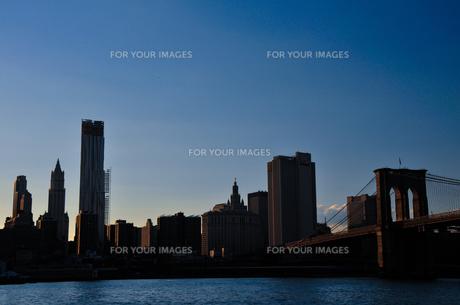 ブルックリンブリッジとマンハッタン FYI00073442