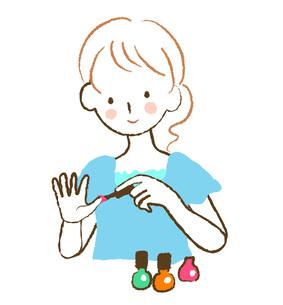ネイルを塗る女性 FYI00075890