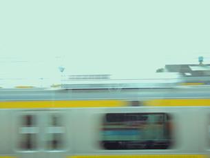 すれ違う列車 FYI00081952