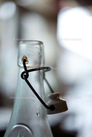 ボトルと水 FYI00092686