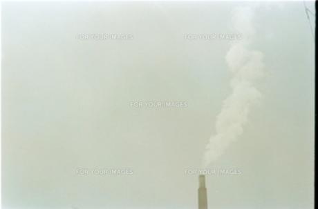 工場の煙 FYI00100591