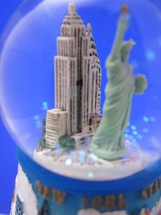ニューヨークのスノードーム FYI00101365