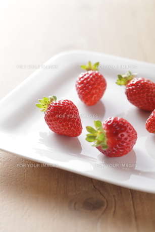 イチゴのイメージ FYI00111170