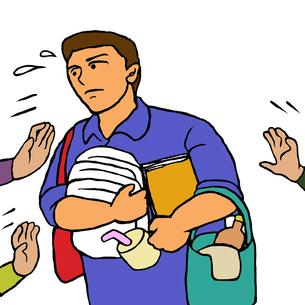 あちこちから用事や介助を頼まれ忙しい施設介護職の男性 FYI00112881