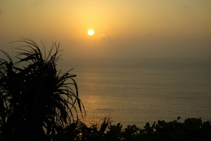 宮古島の夜明け FYI00117440
