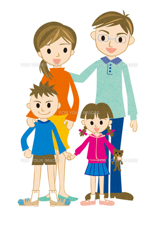 笑顔の4人家族 FYI00125932