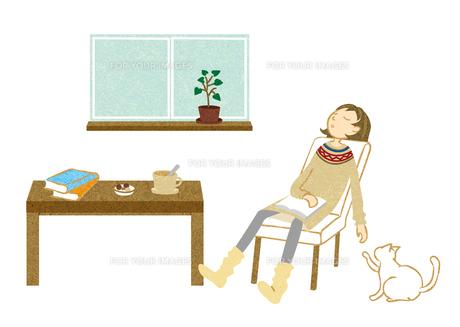 居眠りする女性 FYI00125972