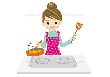 料理をする若い主婦 FYI00126094