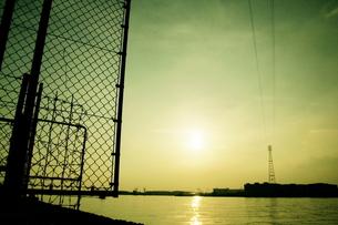 穏やかな日差しの船橋港 FYI00128472