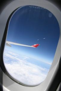 飛行機からみた空 FYI00128787