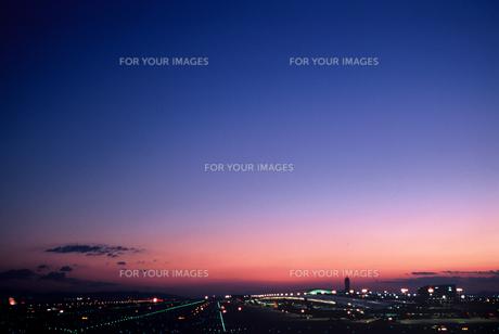 関西空港の夕景(1) FYI00131588