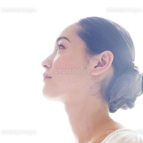 若い日本人女性のビューティーイメージ FYI00143126
