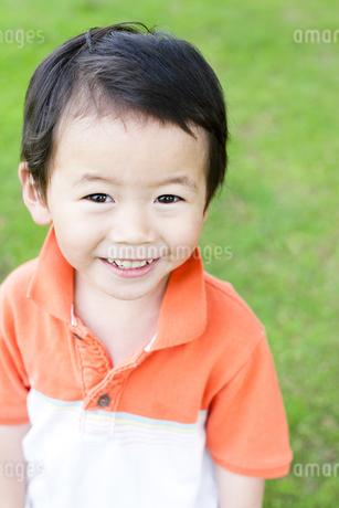 笑顔の男の子 FYI00143214