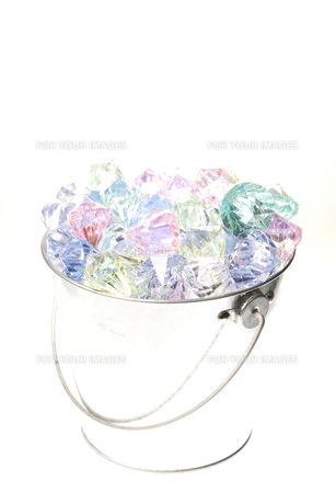 バケツの中のダイヤ FYI00143919