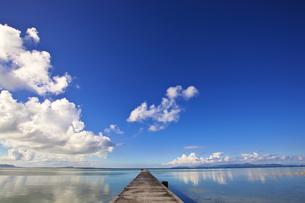 黒島 伊古桟橋の空と海 FYI00149890