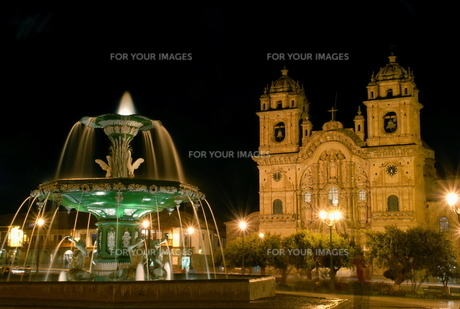 ペルーの夜景 FYI00187814