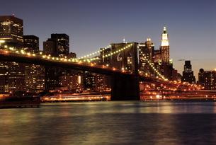 ニューヨークの夕暮れ FYI00187818