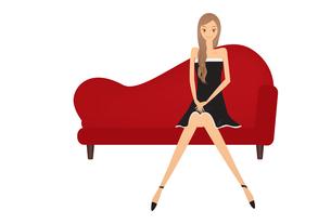 ソファーに座る女の子 FYI00189911