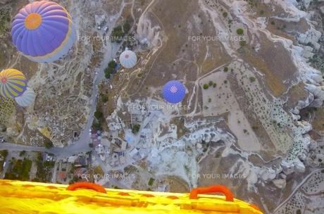 トルコ カッパドキア 気球から FYI00192886